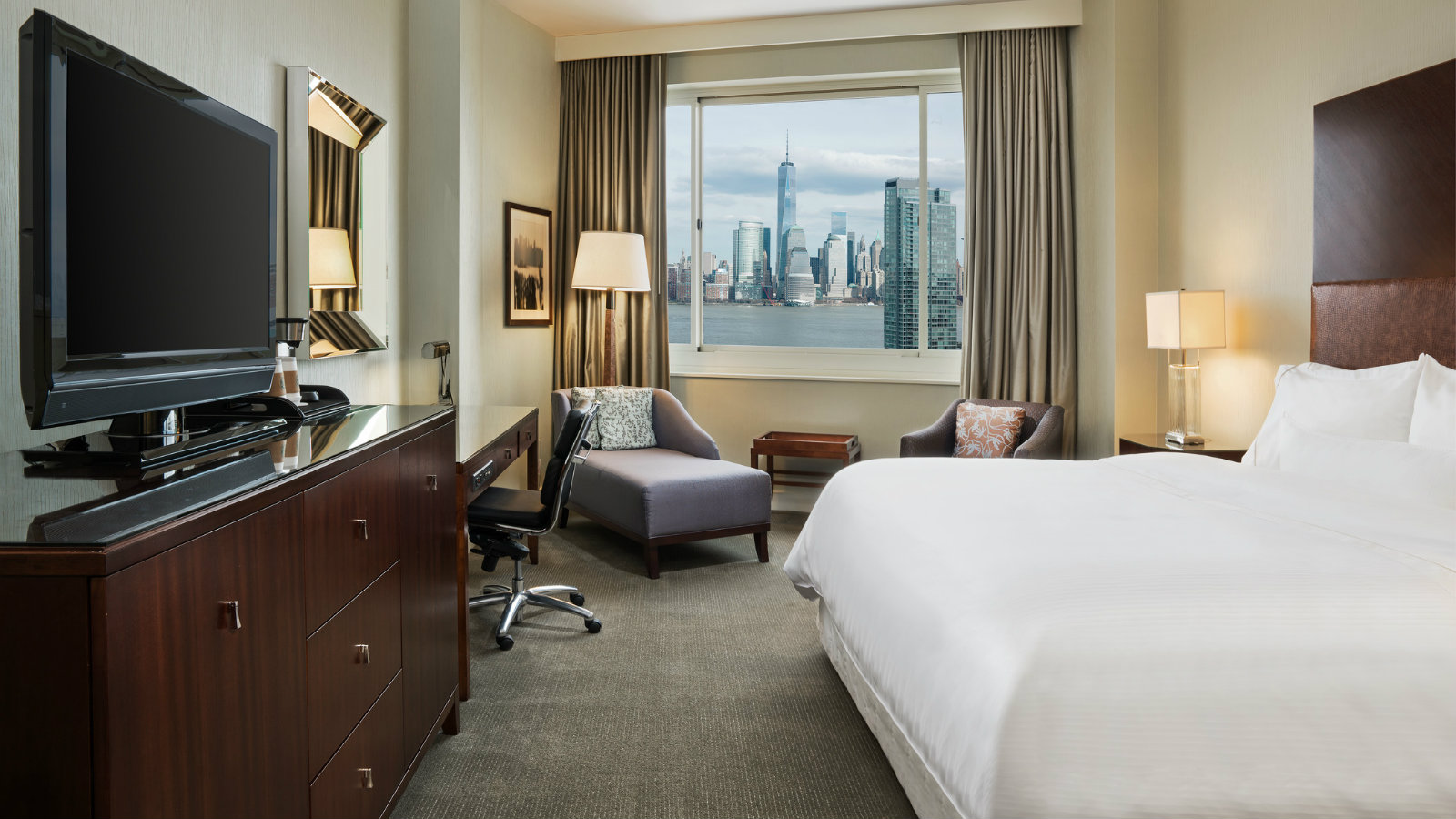 The Westin Jersey City Newport - Guestroom