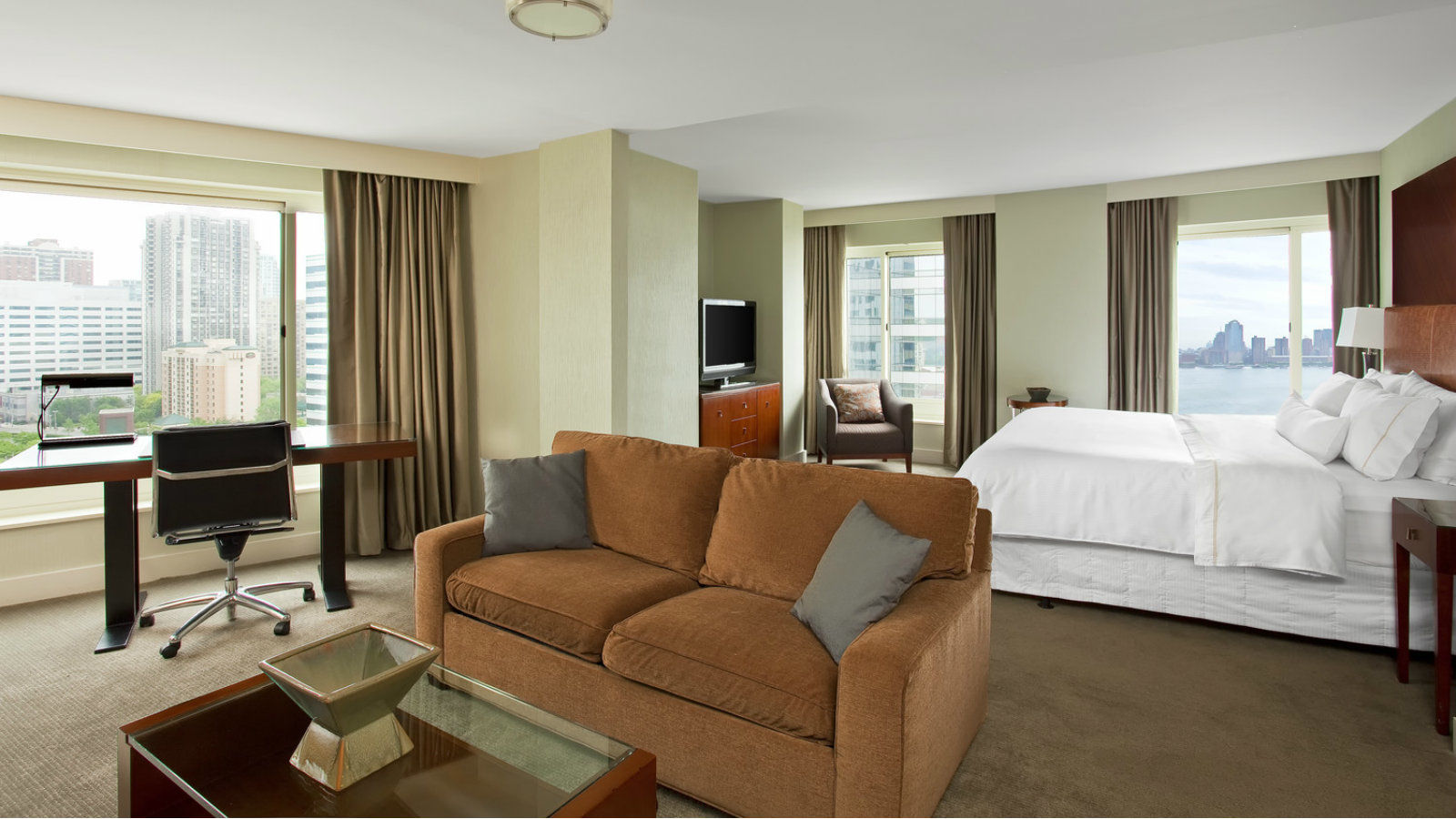 Junior Suite Living Room | The Westin Jersey City Newport