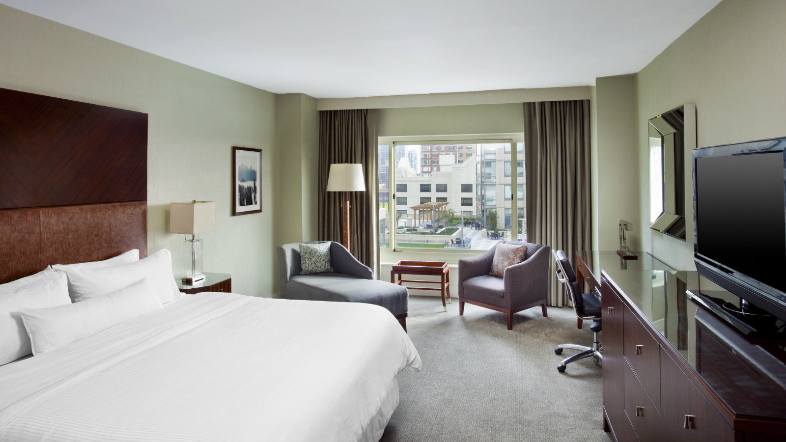 King Guest Room | The Westin Jersey City Newport