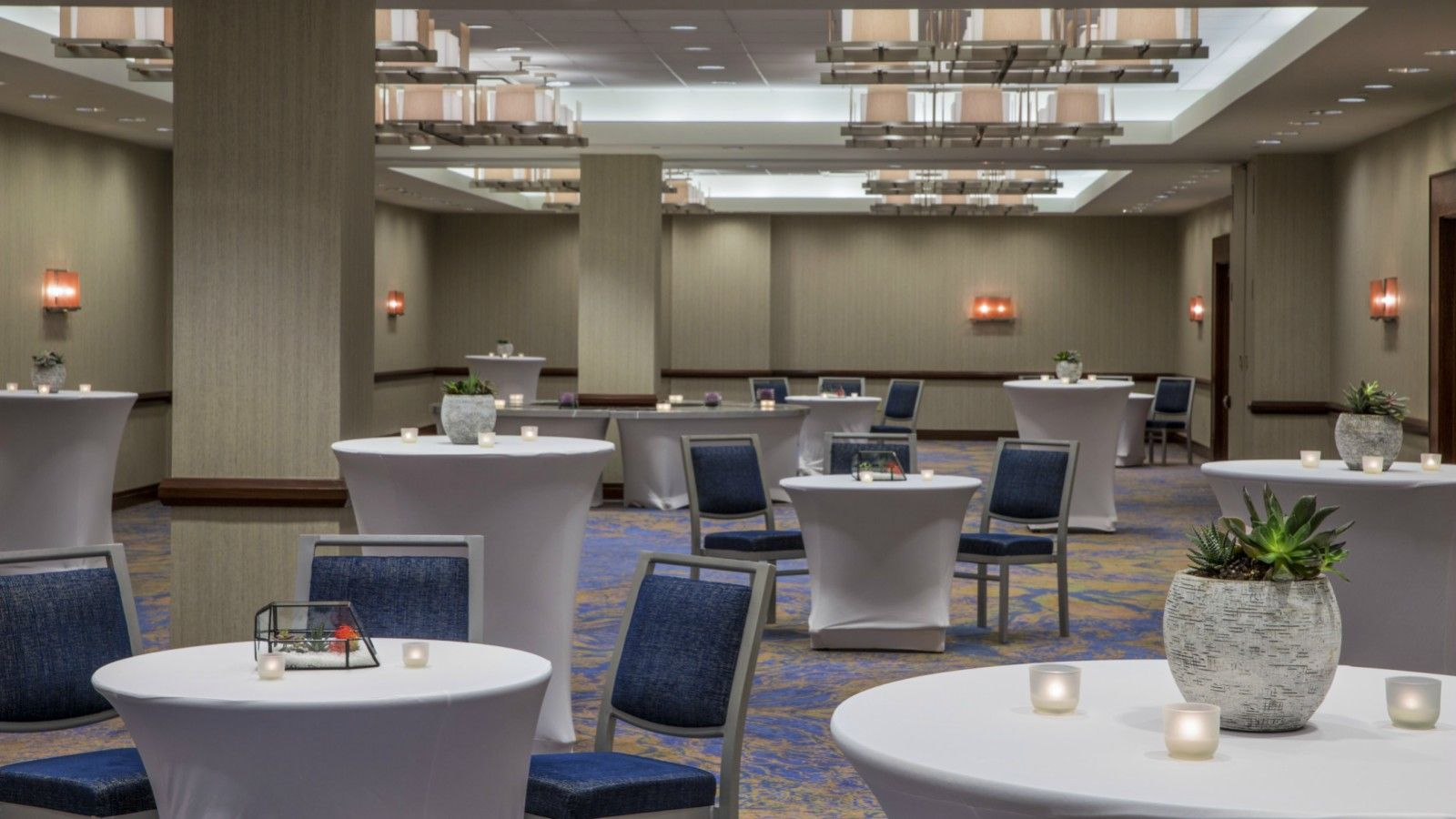 Jersey City Wedding Venues - Westin Jersey City Cocktail Hour Space