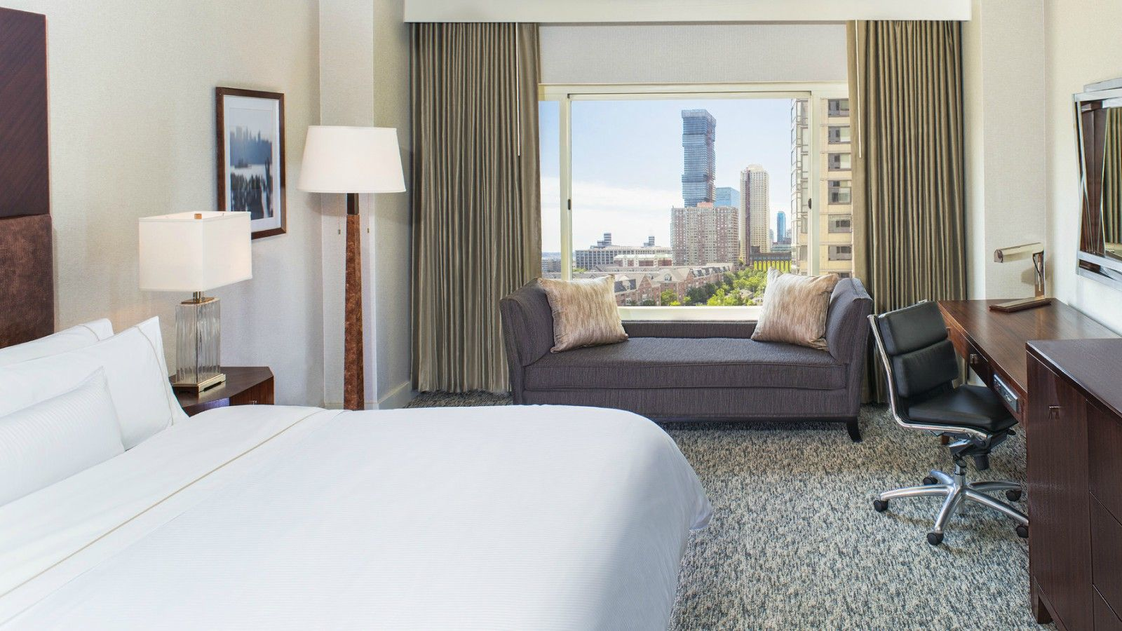 King Room | The Westin Jersey City - Newport