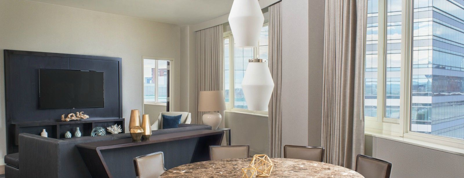 The Westin Jersey City Newport | Presidential Suite Dining