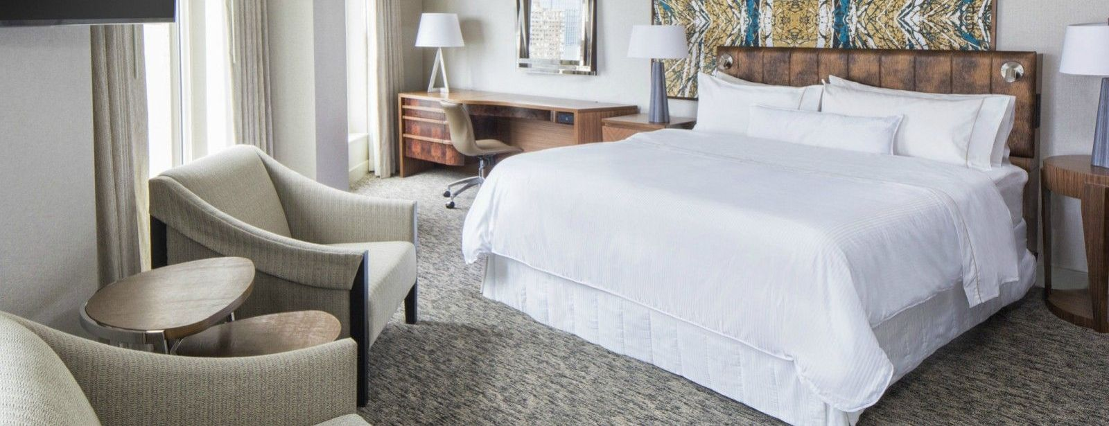 Jersey City Accommodations | Junior Suite Bed